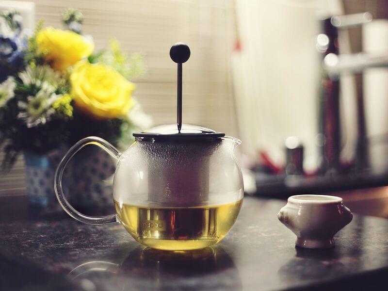 Najważniejsze zalety regularnego picia zielonej herbaty