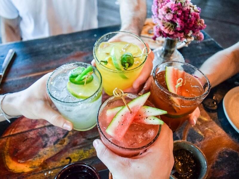 Andrzejkowy drink bar w zaciszu domu - poznaj smaki najlepszych koktajli