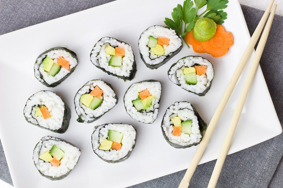 Jak przyrządzić sushi ?