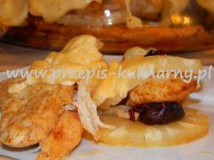 Pierś kurczaka zapiekana z ananasem i serem